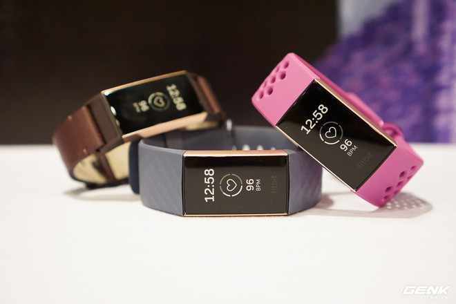 Ảnh thực tế đồng hồ thông minh Fitbit Charge 3: chịu nước 50m, pin dùng 7 ngày, giá từ 3,8 triệu - Ảnh 2.
