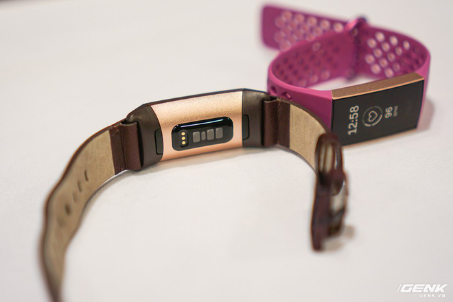 Ảnh thực tế đồng hồ thông minh Fitbit Charge 3: chịu nước 50m, pin dùng 7 ngày, giá từ 3,8 triệu - Ảnh 3.