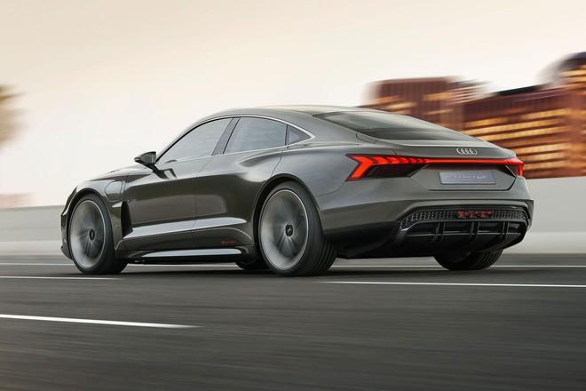 Xe điện concept e-tron GT của Audi sẽ xuất hiện trong Avengers 4, có thể do Tony Stark cầm lái - Ảnh 5.