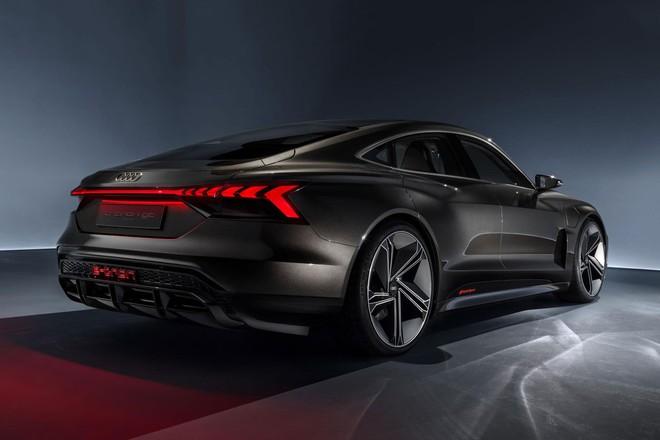 Xe điện concept e-tron GT của Audi sẽ xuất hiện trong Avengers 4, có thể do Tony Stark cầm lái - Ảnh 3.