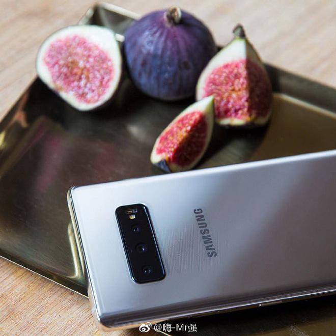 Galaxy S10 rò rỉ ảnh thực tế với hệ thống 3 camera sau - Ảnh 2.