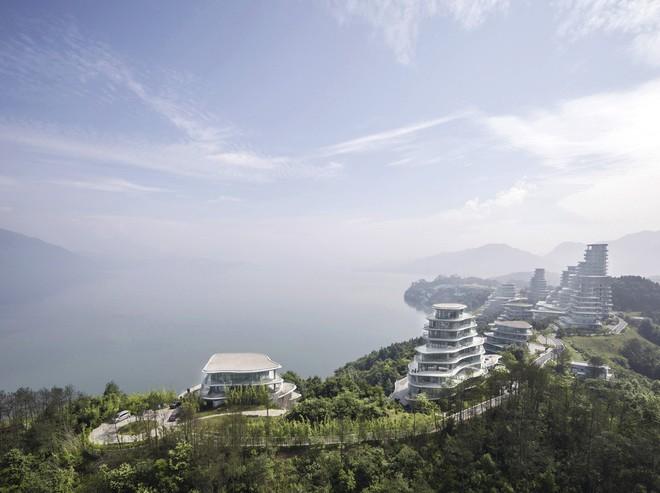 Quán cà phê cá Koi do KTS Việt Nam thiết kế đoạt Giải thưởng xây dựng của năm 2018 do ArchDaily bình chọn - Ảnh 18.
