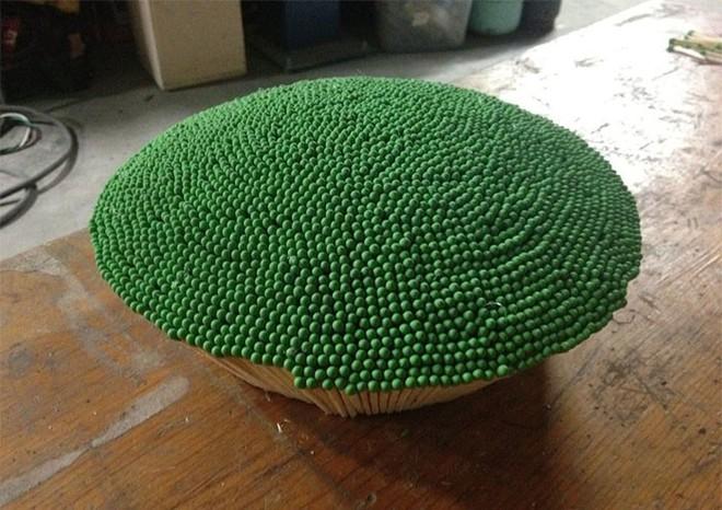 Redditor này dành cả thanh xuân để biến 42.000 que diêm thành quả cầu khổng lồ rồi đốt nó đi - Ảnh 6.