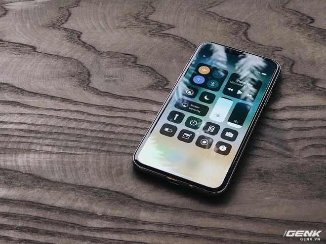 Thiết kế hoàn toàn mới của iPhone X