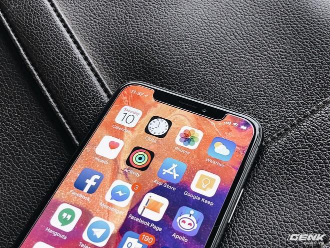 1000 USD có phải là cái giá mà người dùng phải trả cho một chiếc smartphone cao cấp của tương lai