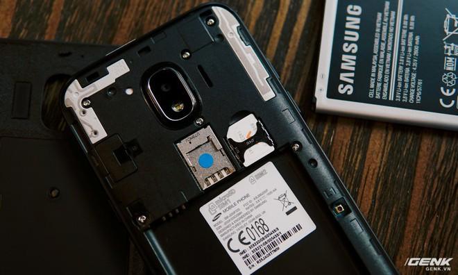 Hầu hết smartphone hiện nay đều đã hỗ trợ 2 khe SIM.