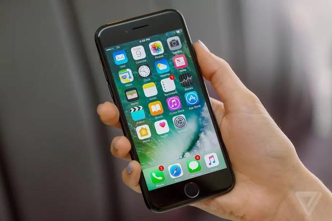 """Apple bán iPhone 7, 7 Plus """"refurbished"""" với giá thấp hơn 70-80 USD so với bản mới - Ảnh 1."""