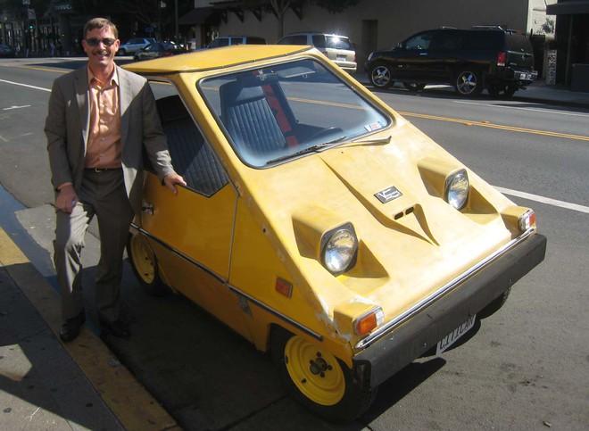 Chuyện thật như đùa: Biến ô tô điện thành chuột máy tính, di chuột đến đâu xe tự lái đến đó - Ảnh 2.