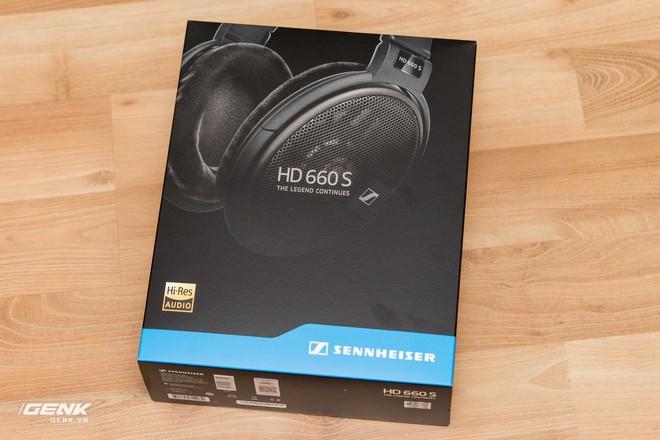 Mở hộp tai nghe cao cấp Sennheiser HD660s: Viết tiếp trang sử vàng - Ảnh 2.