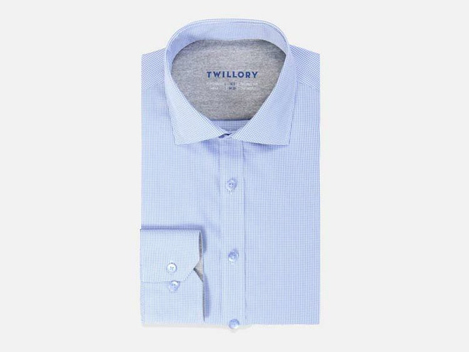 Công nghệ Cool Max giúp làm mát hiệu quả, giảm cảnh lưng áo đổ mồ hôi kém đẹp cho phái mạnh.