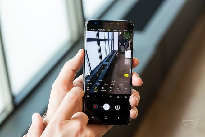 Galaxy S9, S9+ chính thức ra mắt: Camera nâng cấp lớn với khẩu độ thay đổi được, quay video 960 fps, AR Emoji - Ảnh 5.