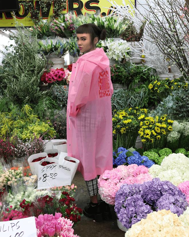 Miquela - Người mẫu ảo nổi tiếng nhất Instagram với 542.000 người theo dõi: mẫu là ảo, nhưng quần áo được gửi tặng là thật! - Ảnh 3.