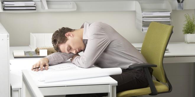 Khoa học về giấc ngủ trưa: Bạn nên ngủ từ mấy giờ, trong bao lâu thì tốt nhất?