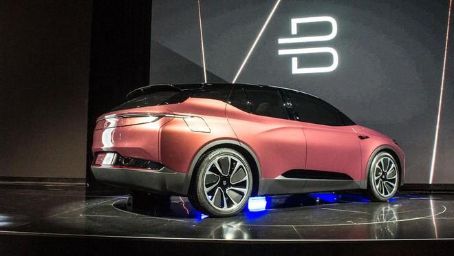 Byton đã ra mắt ý tưởng xe điện tự lái với những công nghệ cao cấp nhất tại CES 2018.