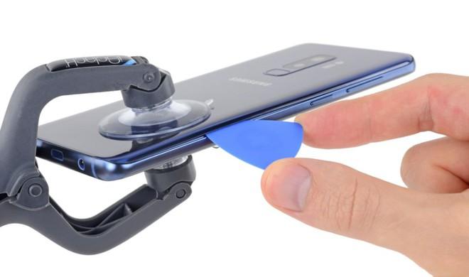 iFixit mổ bụng Galaxy S9+: Cách bố trí tương tự S8+ nhưng có một số thay đổi quan trọng, khó sửa - Ảnh 3.