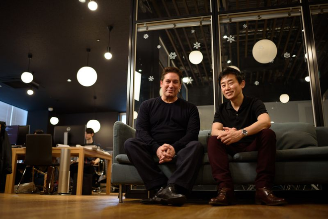 Fred Almeida và CEO Masayuki Ishizaki của Ascent