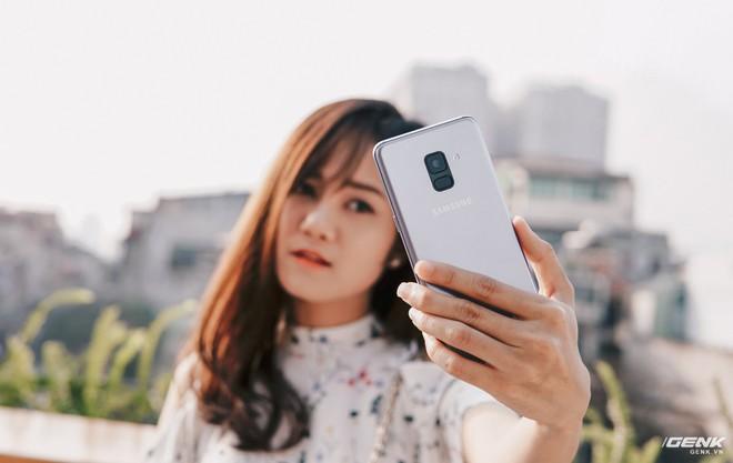 Selfie với Galaxy A8 đã dễ nay còn đỉnh hơn nữa.