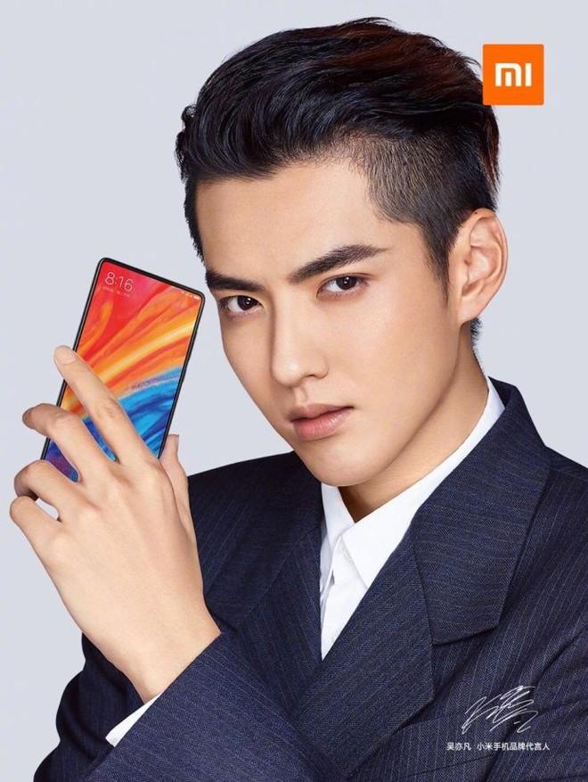 Thiết kế Xiaomi Mi MIX 2S lộ diện hoàn toàn trong teaser chính thức - Ảnh 1.