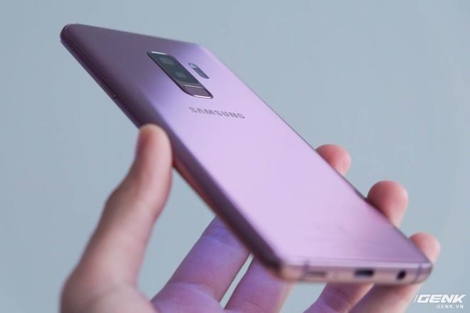 Trên tay Galaxy S9+ Tím Lilac: Màu sắc mới trong năm nay, sẽ bán tại VN ngay từ ngày đầu tiên - Ảnh 3.