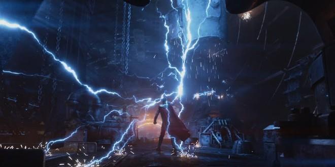 Lò rèn mặt trời, nơi duy nhất trong vũ trụ có thể rèn ra cây búa dành cho Thor.