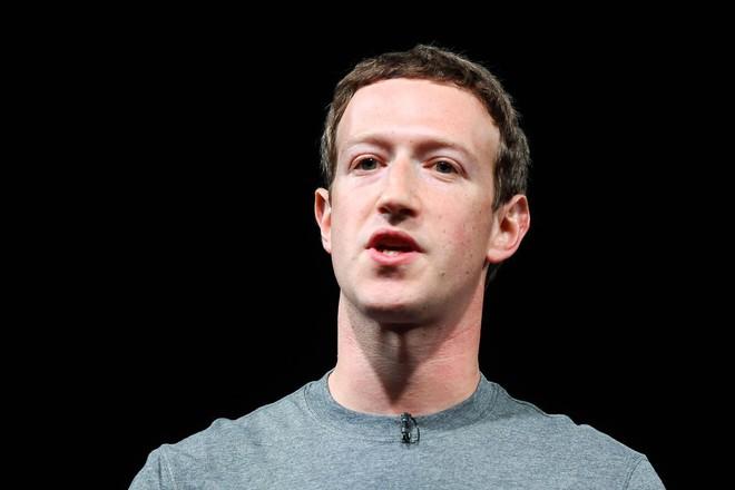 Sau một khoảng thời gian im lặng, CEO Mark Zuckerberg lần đầu tiên lên tiếng trước scandal làm lộ thông tin 50 triệu người dùng.