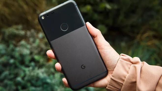 Google xác nhận lỗi sạc pin với Google Pixel XL chạy Android Oreo 8.1 - Ảnh 1.