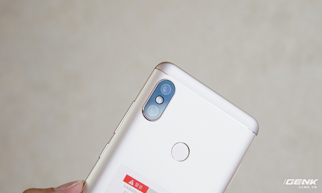 Điểm nhấn của Redmi Note 5 with AI chính là hệ thống camera thông minh.