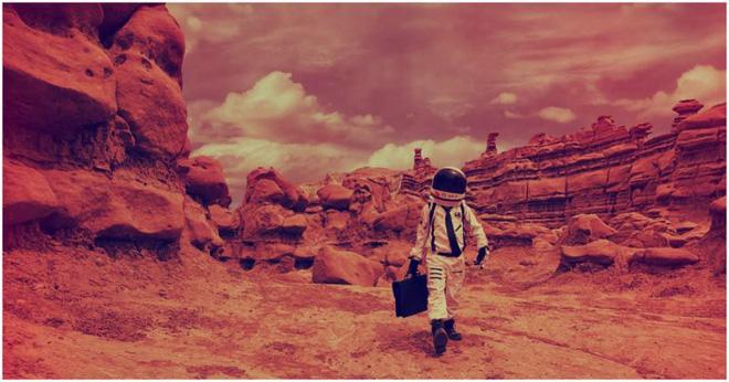 Tuyên bố được thừa kế sao Hỏa từ tổ tiên, 3 người đàn ông đâm đơn kiện NASA vì lên khám phá mà không xin phép - Ảnh 1.