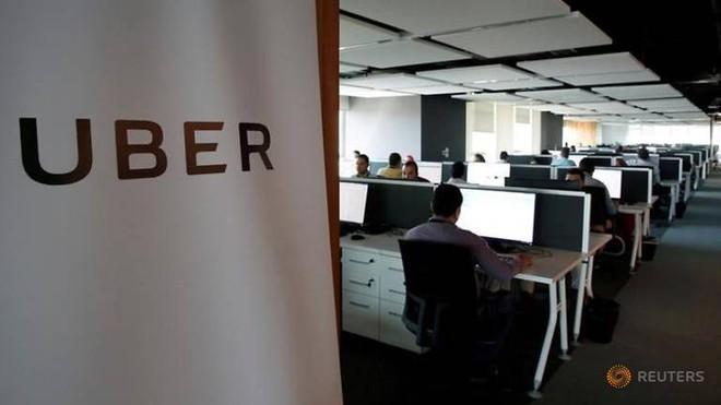Grab khẳng định sẽ tiếp nhận hơn 500 nhân viên của Uber tại khu vực Đông Nam Á.