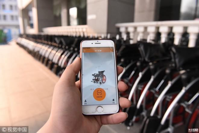 Trung Quốc triển khai dịch vụ xe lăn chia sẻ, 1 triệu đồng/2 giờ thuê, mỗi 10 phút sau tính thêm 3600 đồng - Ảnh 1.