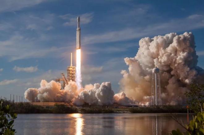 Kế hoạch về dịch vụ Internet băng thông rộng mới của Space X đã chính thức được FCC thông qua.