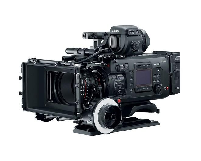Người dùng C700 có thể nâng cấp lên phiên bản mới, tuy nhiên chi phí chưa được Canon thông báo