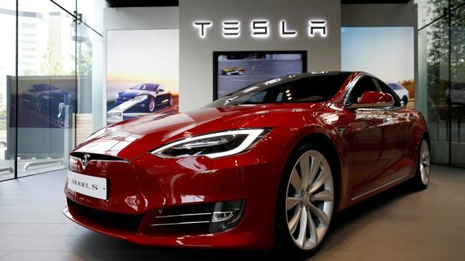 Hai số phận của Tesla và SpaceX: Khi làm ô tô chạy điện còn khó hơn cả tên lửa vũ trụ tái sử dụng - Ảnh 3.