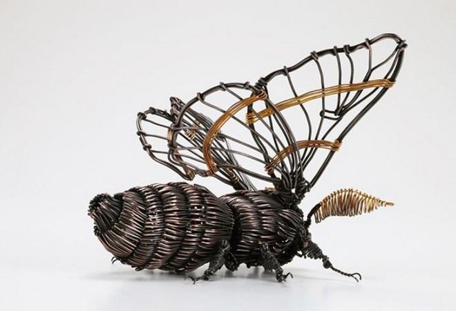 Ấn tượng với kỹ thuật uốn dây đồng tạo nên những tác phẩm điêu khắc cực ấn tượng của nghệ sỹ người Nhật - Ảnh 13.