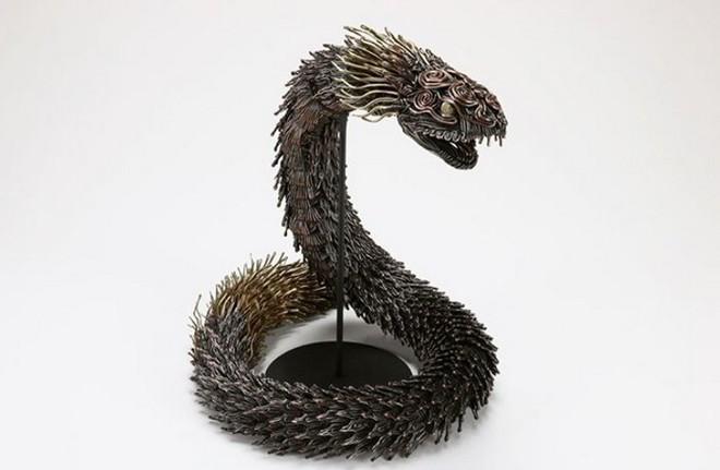 Ấn tượng với kỹ thuật uốn dây đồng tạo nên những tác phẩm điêu khắc cực ấn tượng của nghệ sỹ người Nhật - Ảnh 6.