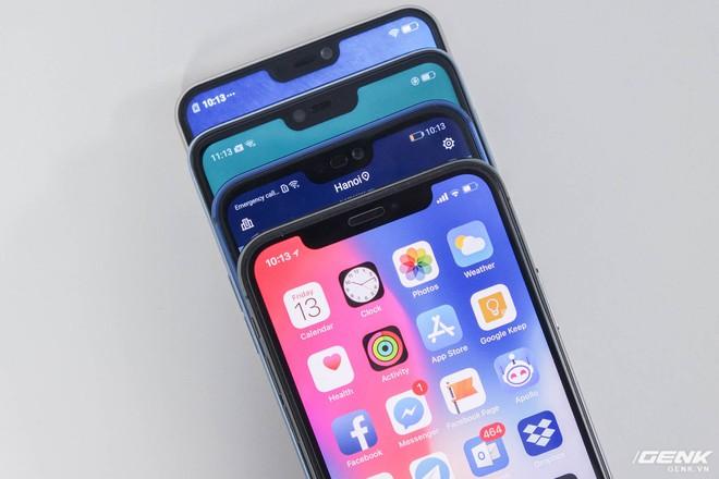 Xét về kích cỡ tai thỏ, iPhone X là chiếc máy bị khoét nhiều nhất do phải chứa cụm camera TrueDepth. Những chiếc máy còn lại do chỉ có camera selfie thông thường nên tai thỏ cũng bé hơn rất nhiều, trong đó Huawei Nova 3E là bé nhất