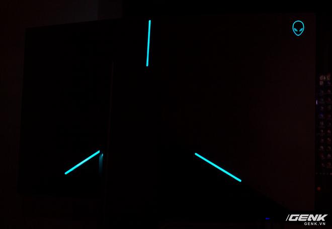 Alienware AW2518H Gaming Monitor: Chỉ là màn hình chơi game thôi, có cần phải ngầu và chất như vậy không? - Ảnh 11.