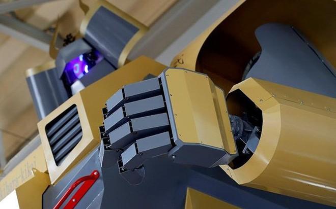 Kỹ sư Nhật biến giấc mơ Gundam khổng lồ thành hiện thực, cho thuê kiếm lời với giá 21 triệu/giờ - Ảnh 10.