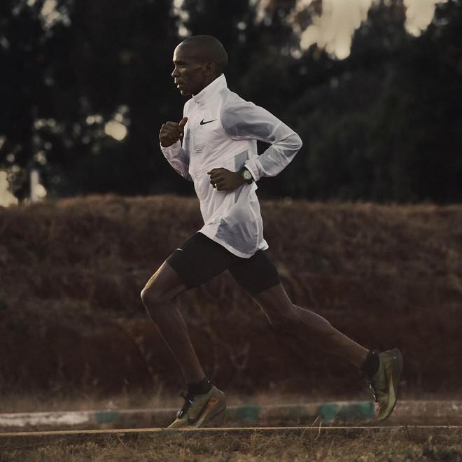 Flyprint: Công nghệ dệt 3D tối tân giúp Nike tăng tốc độ gia công giày lên 16 lần - Ảnh 8.