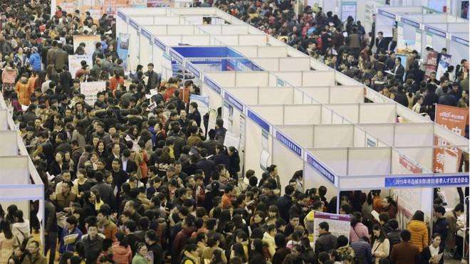 Muốn dễ kiếm việc tại Trung Quốc, hãy gửi CV bằng iPhone thay vì điện thoại Android - Ảnh 1.