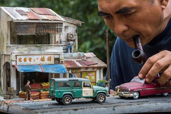 Nghệ sĩ Malaysia khiến Internet suýt xoa vì khả năng mô phỏng ký ức tài tình bằng mô hình - Ảnh 2.