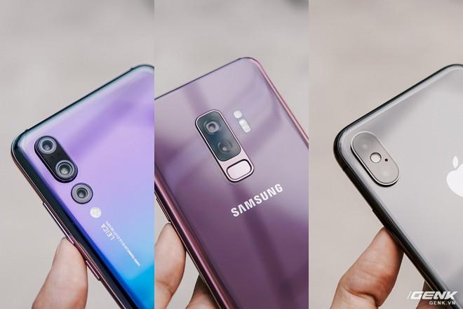 So găng thiết kế Huawei P20 Pro, Galaxy S9+ và iPhone X: theo bạn đâu là smartphone đẹp nhất? - Ảnh 3.