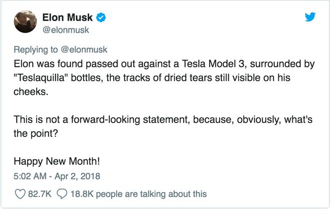 Elon đã được tìm thấy khi đang ngất lịm bên cạnh một chiếc Tesla Model 3, vây quanh bởi nhiều chai Teslaquilla (Tequila + Tesla), vệt nước mắt đã khô đi vẫn còn hiện diện trên má của ông.