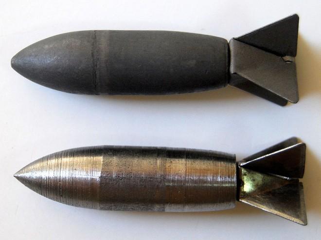 Viên đạn Lazy Dog chỉ dài 44 mm, đường kính 13 mm và nặng 13g.