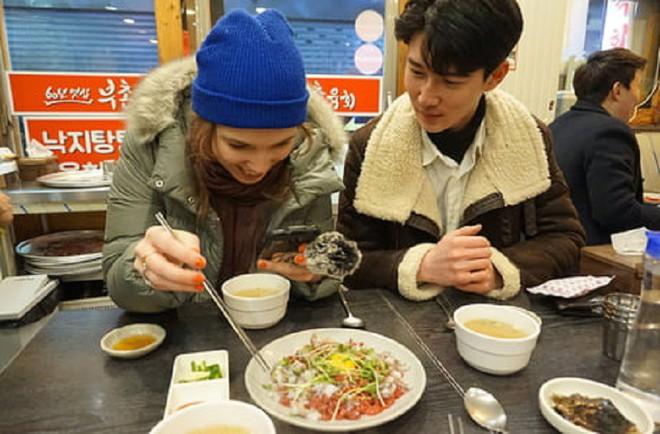 Hàn Quốc cho thuê ộp pa để dẫn các chị em đi chơi hoặc mua sắm chụp hình - Ảnh 5.