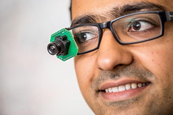 Loại kính thông minh mới có thể stream video mà không tốn pin - Ảnh 1.