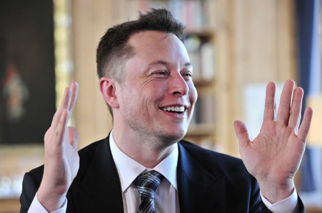 Cổ đông Tesla đề nghị thay thế Elon Musk, bị hội đồng quản trị phản bác không thương tiếc - Ảnh 1.