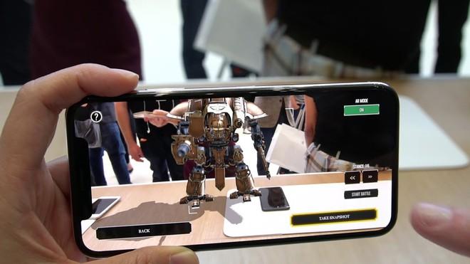 Apple cũng đã bắt đầu khai thác công nghệ AR trên các dòng thiết bị của mình.