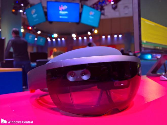 HoloLens 2.0 sẽ mang đến những trải nghiệm VR nhanh hơn và dễ dàng hơn.