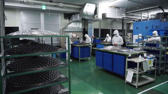 Bên trong nhà máy sản xuất những chiếc ống kính Art nổi tiếng của Sigma - Ảnh 6.